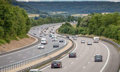 Opłaty drogowe to spory koszt wydatków jakie czekaja na nas podczas wyjazdów wakacyjnych.