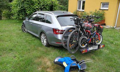 Skoda Superb III Kombi bagaznik rowerowy typu platforma peruzzo Como do przewozu 3 rowerów